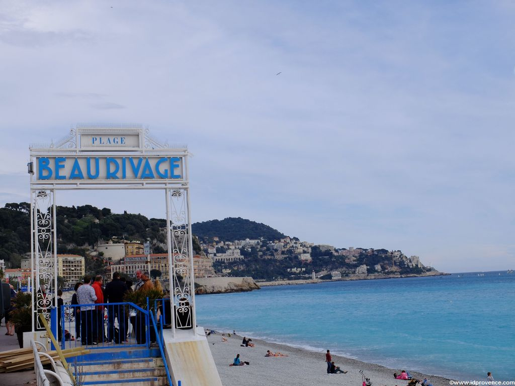 Privat Strand Beau Rivage in Nizza