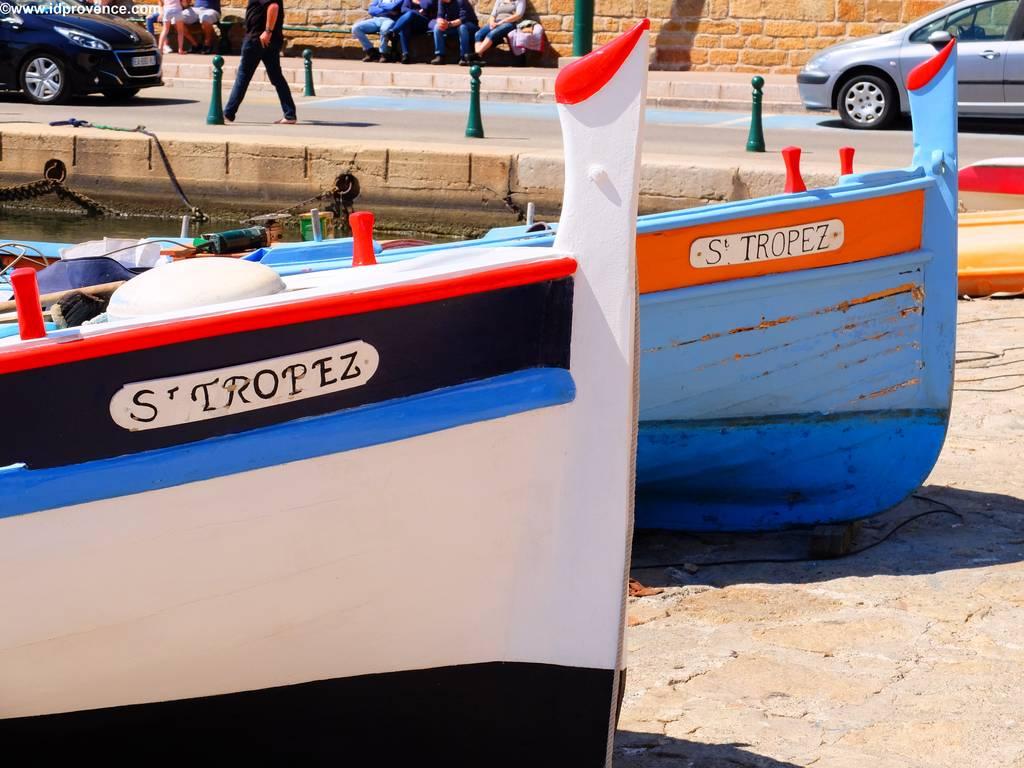 Alte Fischerboote im Hafen von St Tropez