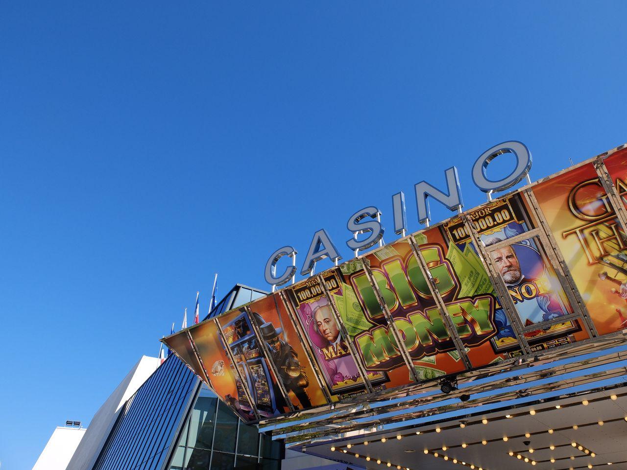 Parken Cannes am Casino - alten Hafen