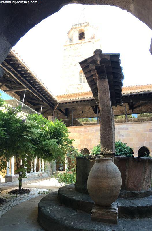 Sehenswürdigkeiten Fréjus: Die Kathedrale Saint-Léonce von Fréjus - Frankreich
