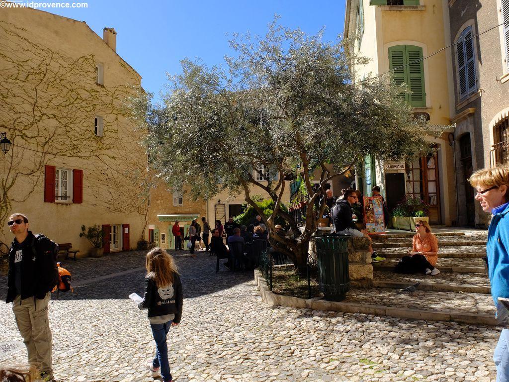 In der Altstadt von Moustiers Sainte Marie