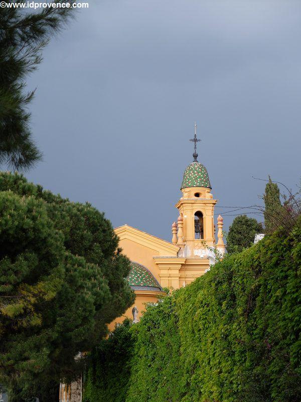 Nizza am Schlosshuegel mit Israelitischen Friedhof