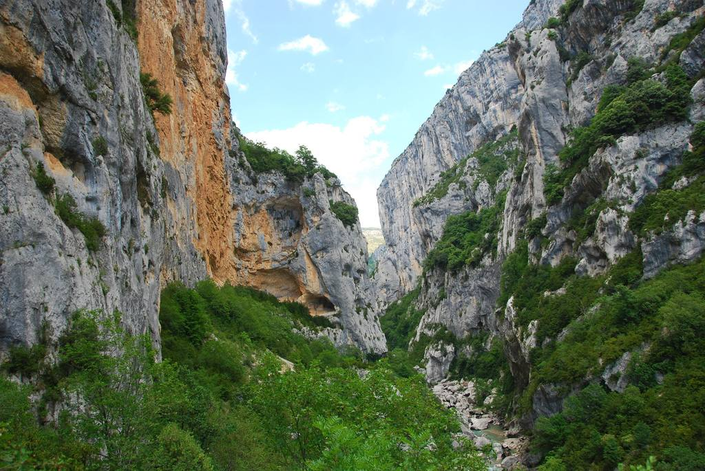 Wandern und Klettern in der Verdonschlucht.