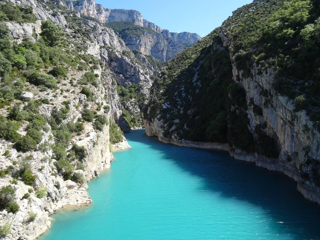 Türkisblaues Wasser im Gorges du Verdon