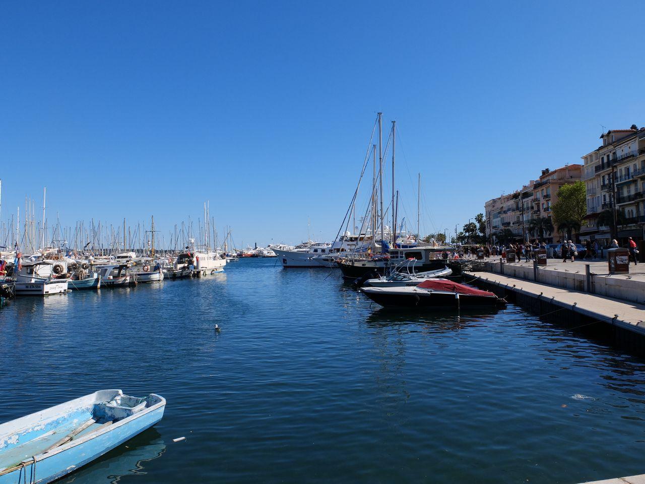 Der alte Hafen in Cannes