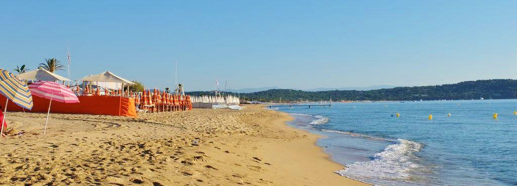 Der Strand Pampelonne In Sudfrankreich