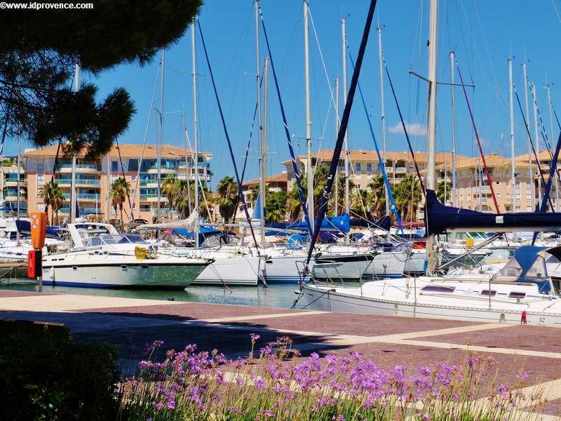 Der Yachthafen von Fréjus - Frankreich