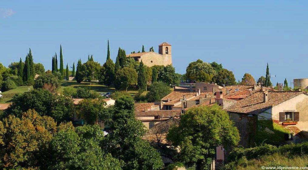 Tourtour - mittelalterliches provenzalisches Dorf