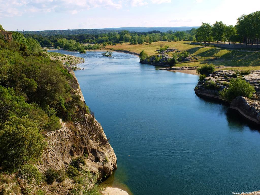 Das Aquädukt in Frankreich Pont du Gard -Sehenswürdigkeit in Südfrankreich