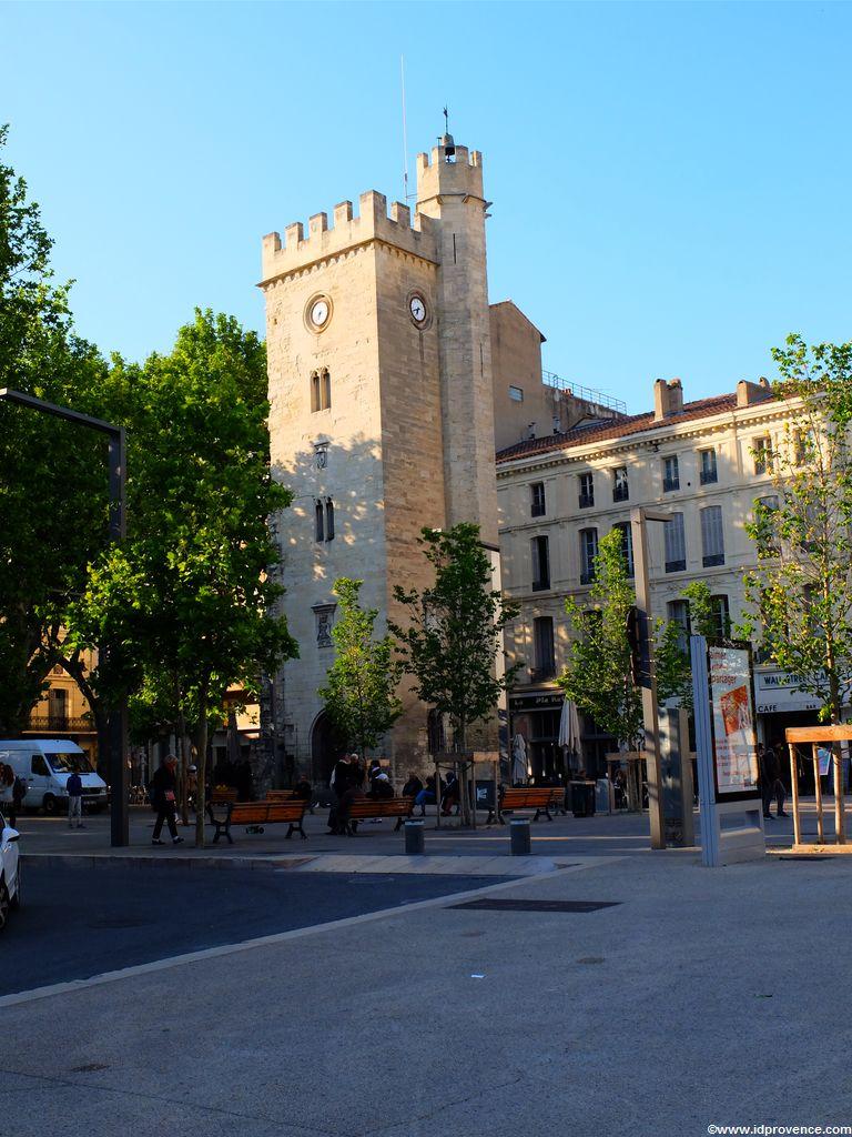 Sehenswürdigkeiten Avignon - Uhrturm