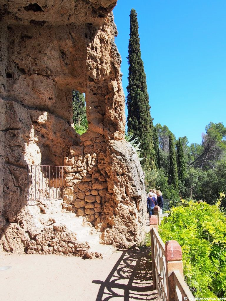 Der Park und die Grotten von Villecroze Parc et grottes de Villecroze: Provence Sehenswürdigkeiten im Departement VAR